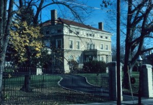 This photo captured for 'Great Houses of Cincinnati' by Walter Langsam