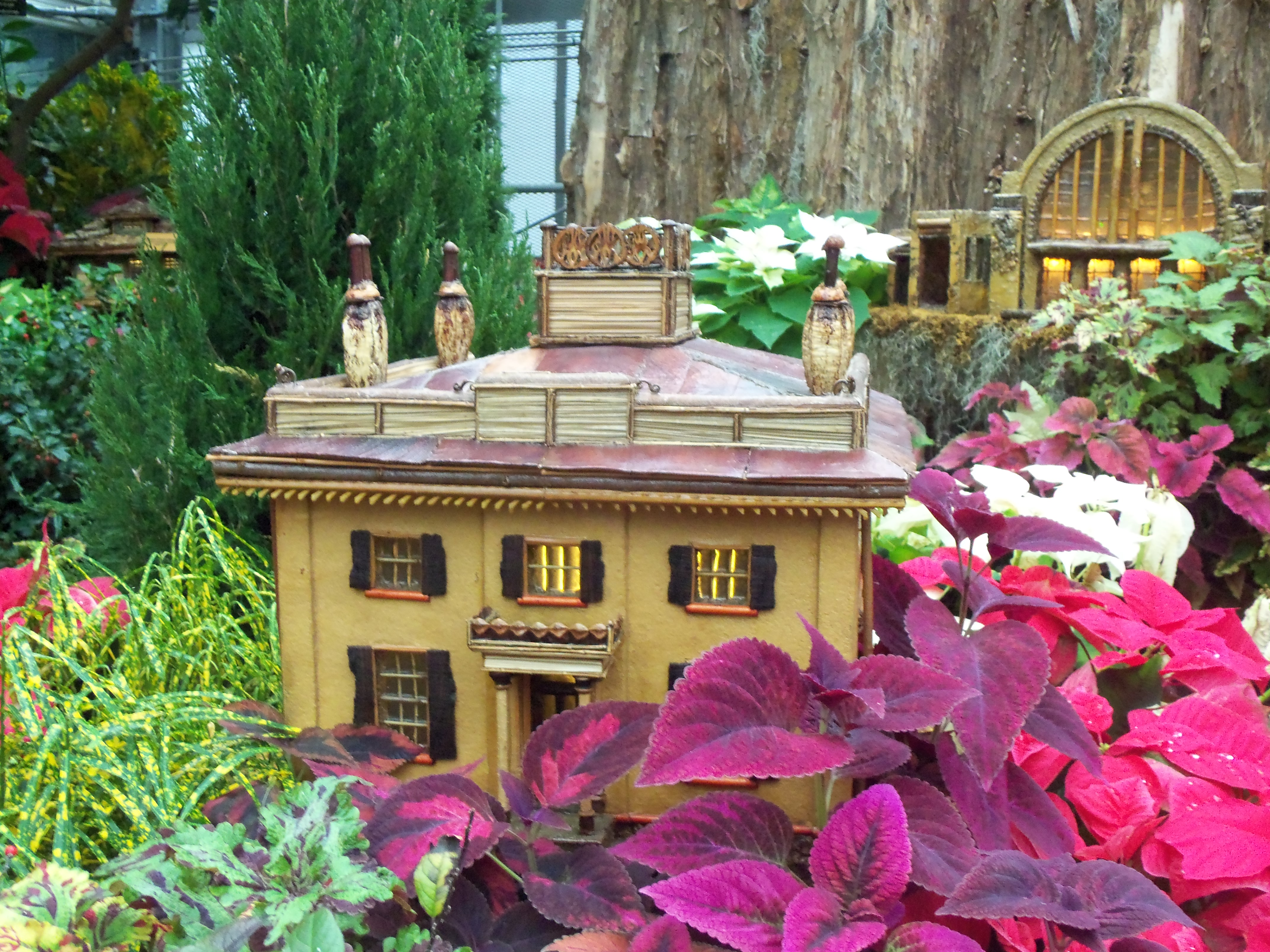 Miniature Taft house at the Krohn Conservatory.